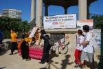 Recogida de firmas en favor del uso de camisetas limpias en la próxima Volta a Peu de Valencia