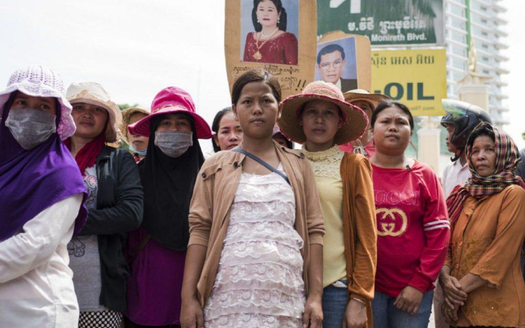 Trabajadoras de Camboya se movilizan para exigir a Mark & Spencer, Bonmarché y Nygård que les paguen lo que les deben