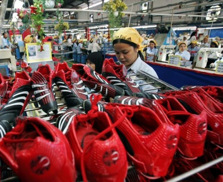 ropa adidas a precio de fabrica
