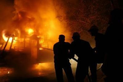 Más de 300 personas mueren en un incendio de una fábrica textil de Pakistán