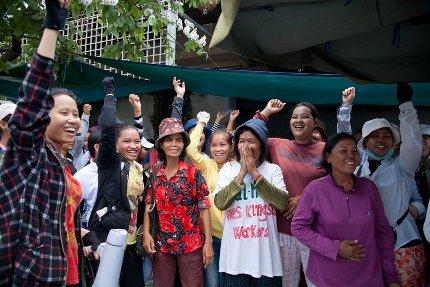 Histórico triunfo de las trabajadoras camboyanas de Kingsland.