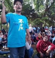 El gigante japonés, Uniqlo, no ofrece soluciones a las trabajadoras despedidas en Indonesia
