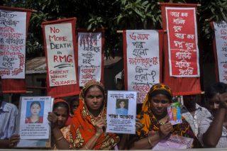 Manifestación en recuerdo de las víctimas del Rana Plaza